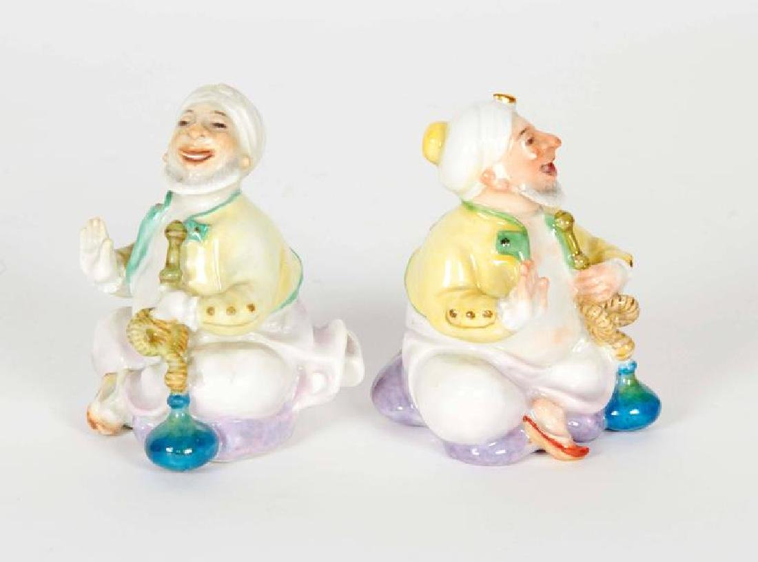 """A Pair of Turks Smoking Hookah """"Meissen"""" Figurines - 2"""