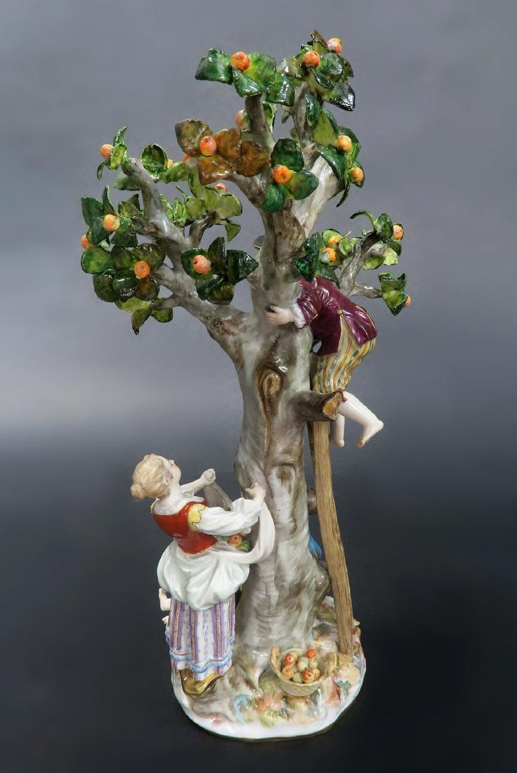19th C. MEISSEN TREE & APPLE PICKERS FIGURINE GROUP - 3