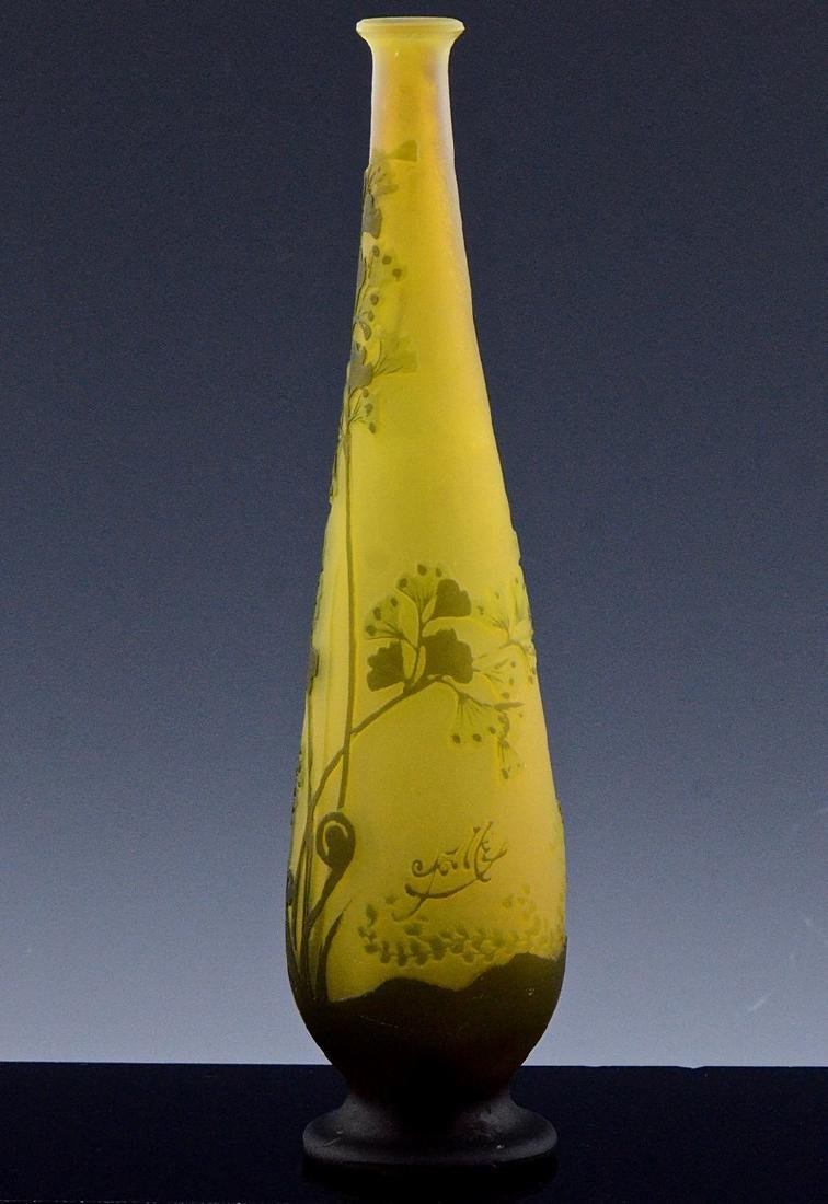 SIGNED GALLE CAMEO CUT ART GLASS FLOWER PATTERN VASE - 4