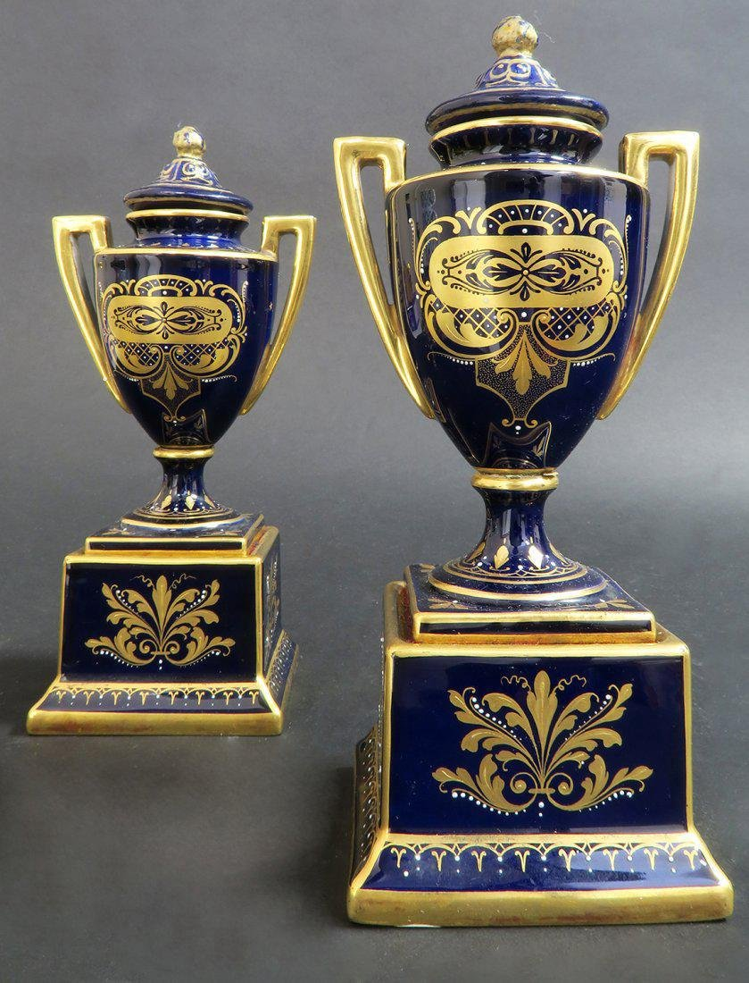 Pair of Hand Painted Royal Vienna Vases - 3
