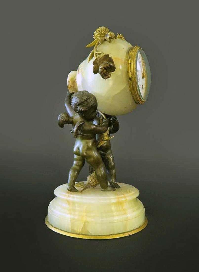 Beautiful French Gilt Bronze & Onyx Clock - 3