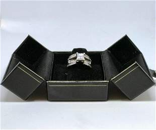 Ladys 18kt White Gold With Diamonds Engagement Ring