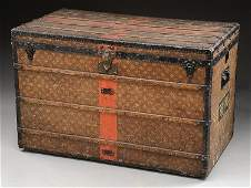 EXTRA LARGE LOUIS VUITTON STEAMER TRUNK