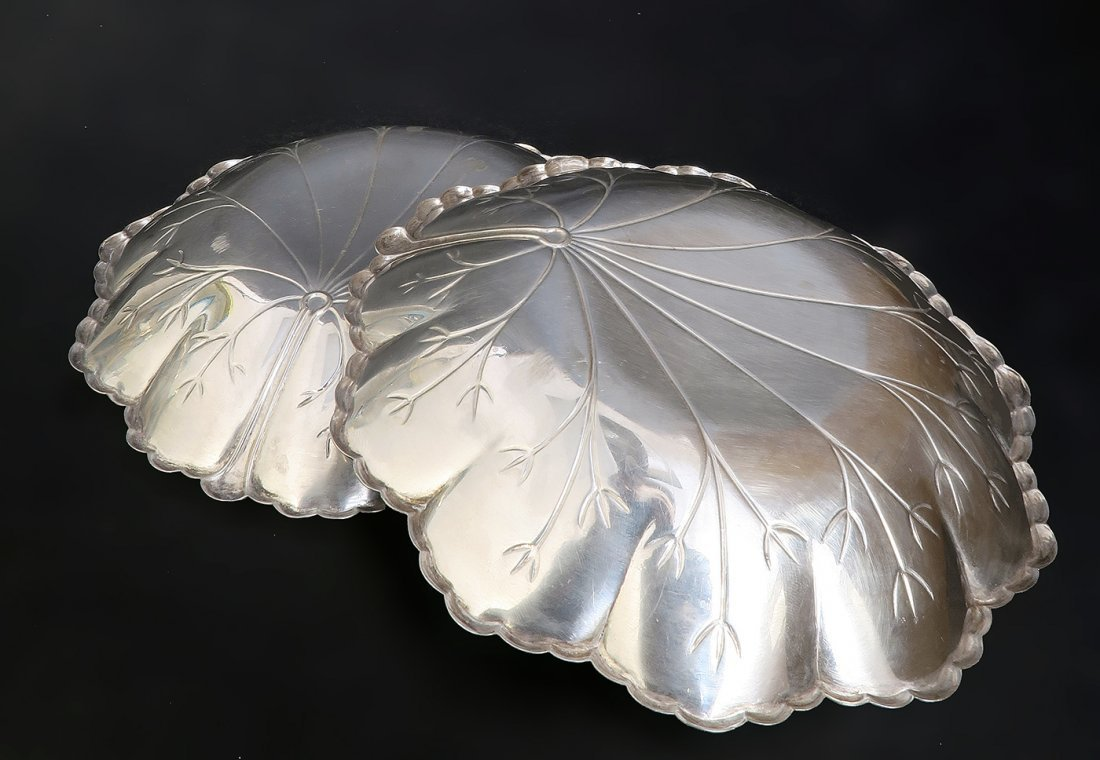 A Pair of Sterling Silver Candy Plate - 4