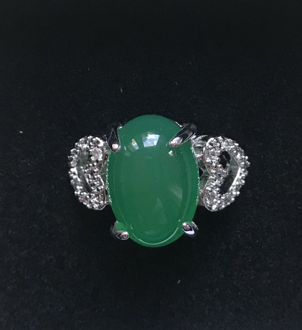 Burmese Green Jade and 925 Sterling Silver Ring