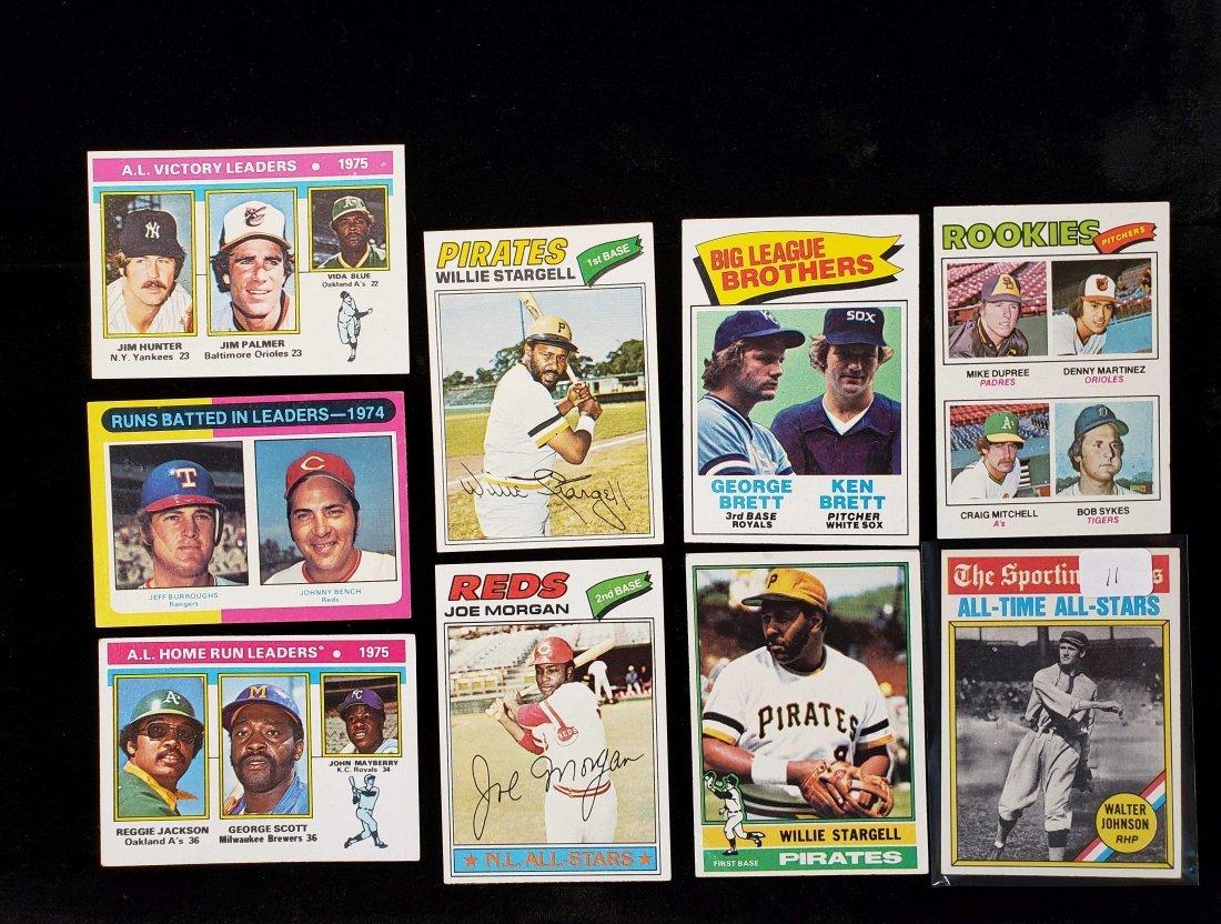 VINTAGE 1975, 1976, 1977 TOPPS HOFERS LOT