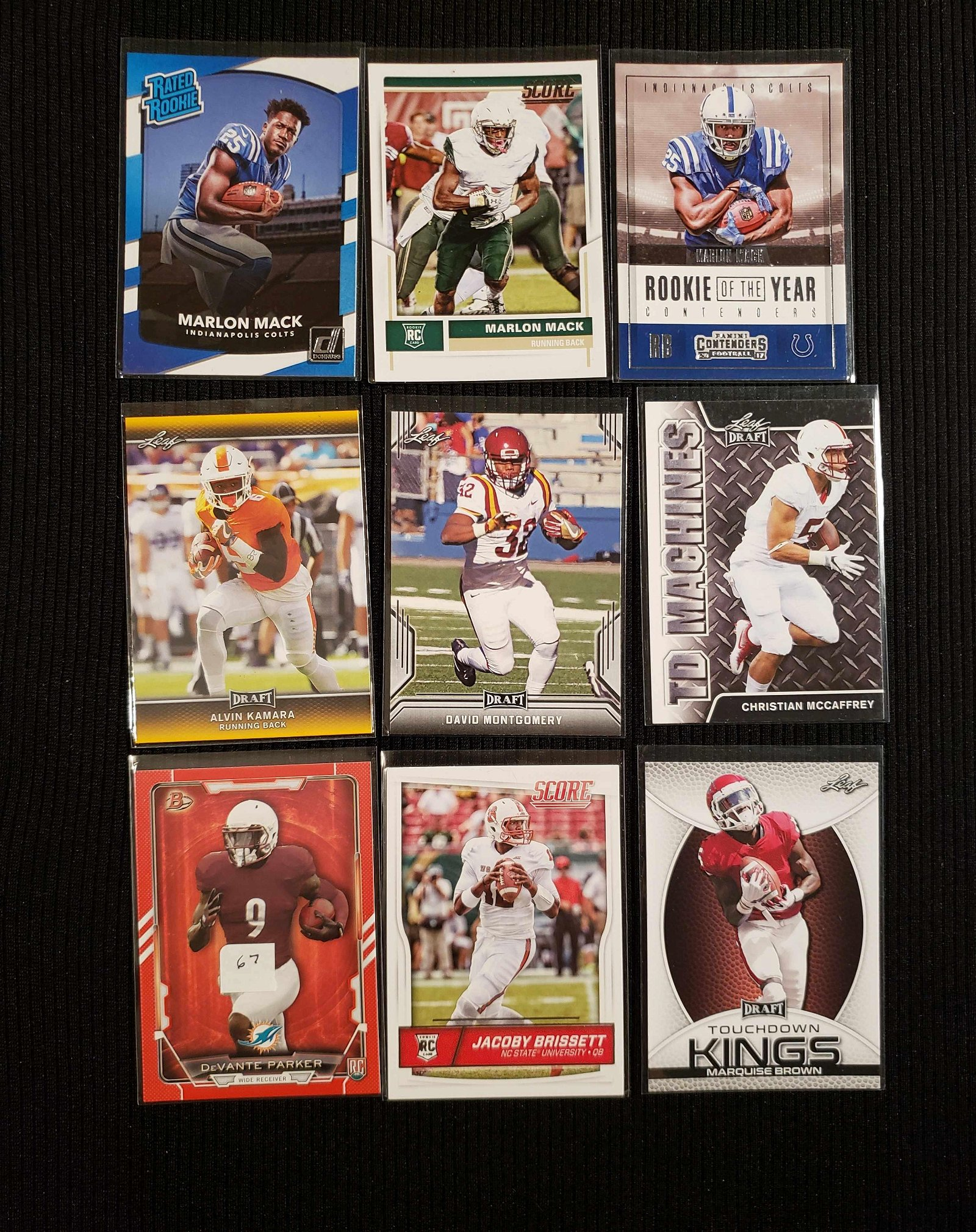 LOT OF 8 NFL FOOTBALL ROOKIE CARDS