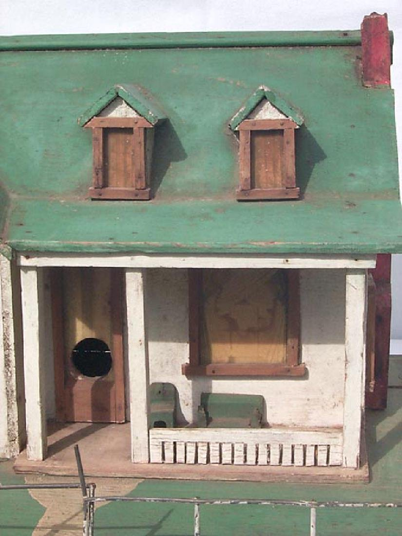 Very Detailed folk art model house birdhouse - 7