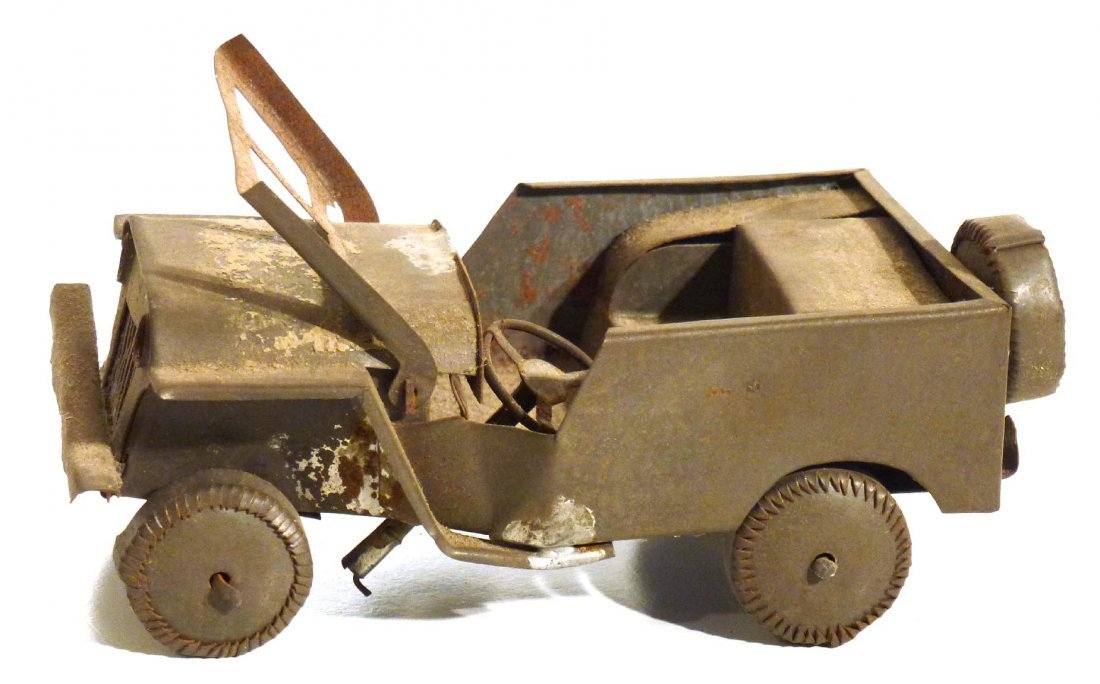 Trench art  P.O.W.  jeep and tank & 2nd  tank - 6