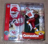 148 McFARLANE TONY GONZALEZ SERIES 5 KANSAS CITY CHIEF