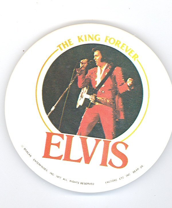 1002: 1977 ELVIS PRESLEY CONCERT KING  BUTTON