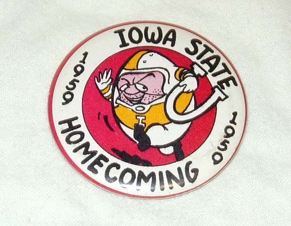 1013: 1959 IOWA STATE CYCLONES HOMECOMING PINBACK