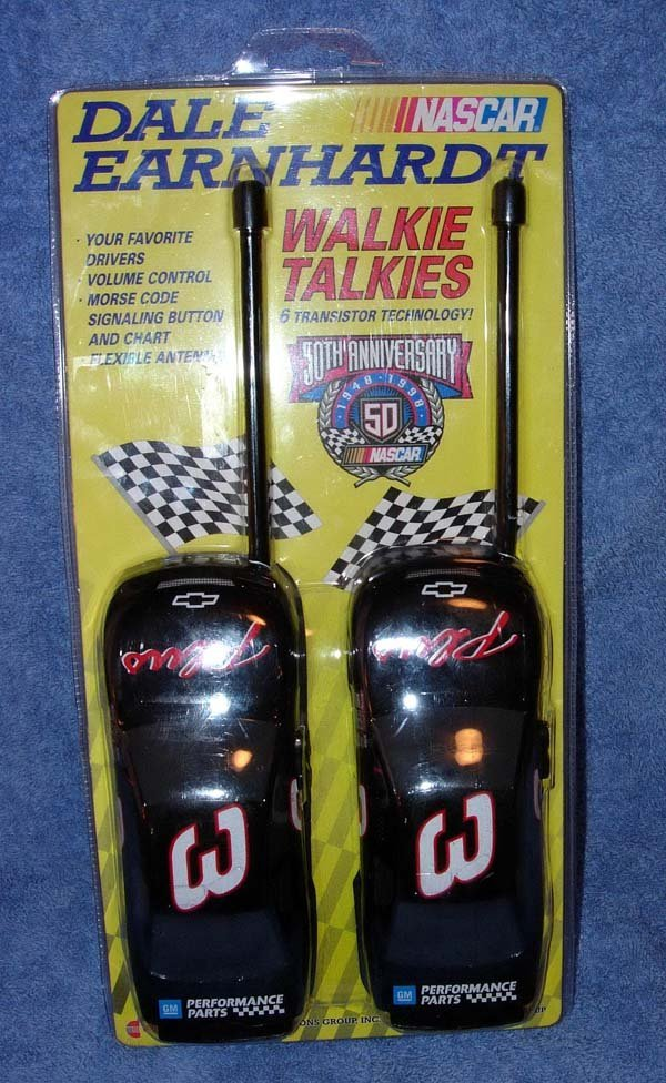 1016: 1998 DALE EARNHARDT #3 NASCAR WALKIE TALKIE SET