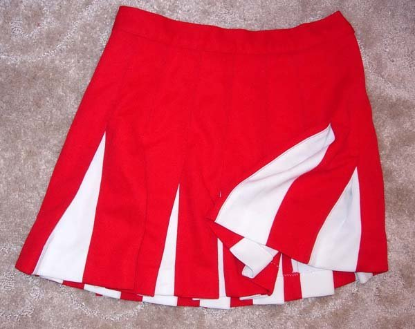 1047: 1960's or 1970's RED & WHITE CHEERLEADER SKIRT