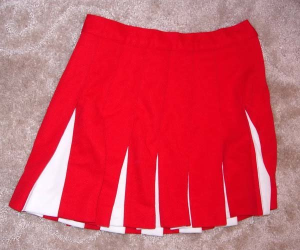 1047: 1960's or 1970's RED & WHITE CHEERLEADER SKIRT - 2