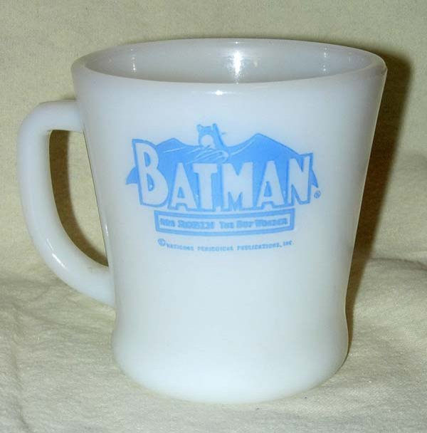 1209: 1960's FIRE KING BLUE BATMAN & ROBIN MUG - 2