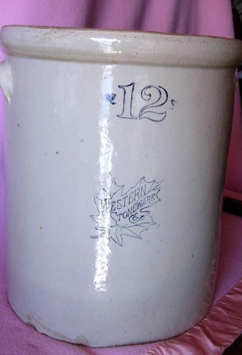 1197: VINTAGE 12 GALLON WESTERN STONEWARE CROCK - 2