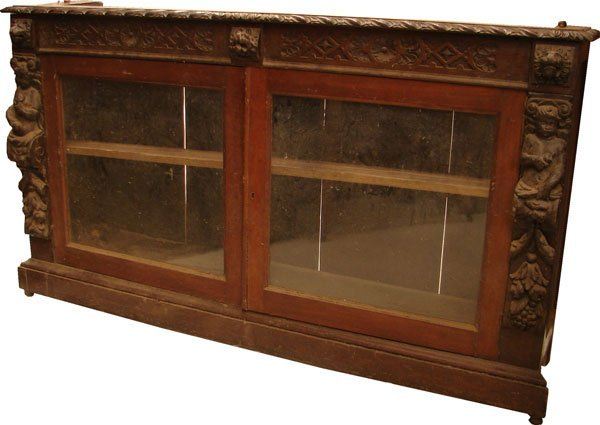 411: Cabinet with glass doors