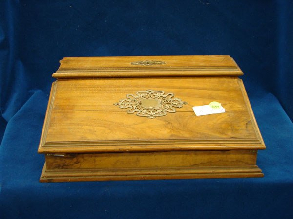 2504: Lap Desk, trimmed with silver, English