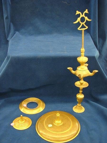 2512: 4 pcs, Assorted brass pieces