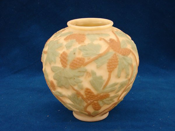 """2521: Phoenix glass vase cameo with pine cones (7"""" tall"""