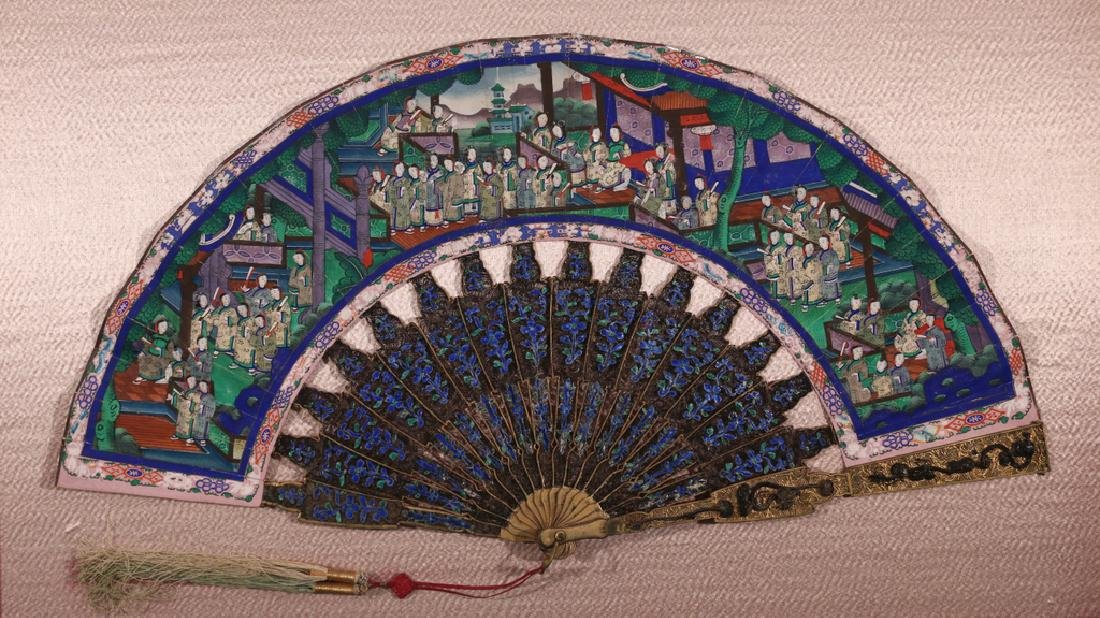 ELABORATE CHINESE HAND FAN - 2