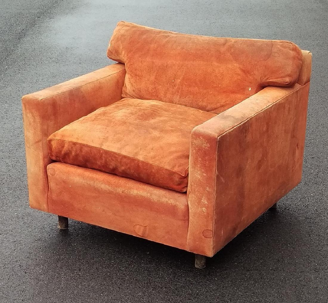 (ATTRIB) DUNBAR LEATHER CLUB CHAIR