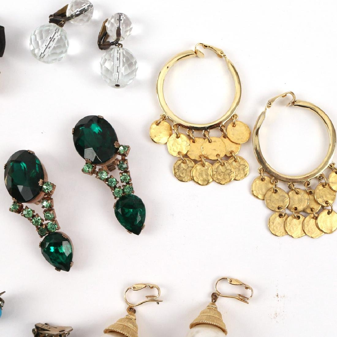 (30pc) MISC. COSTUME DROP & OTHER EARRINGS - 4