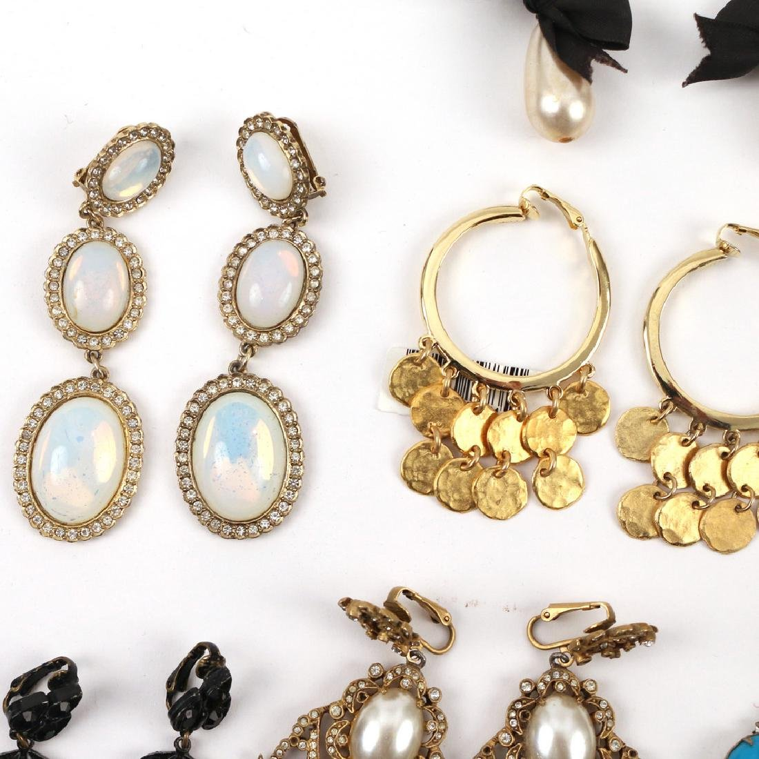 (30pc) MISC. COSTUME DROP & OTHER EARRINGS - 5
