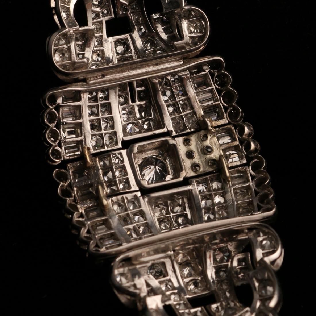 FRENCH RIBBON-FORM DIAMOND BRACELET - 10
