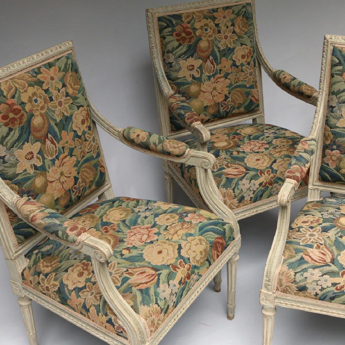 (4pc) LOUIS XVI-STYLE CARVED ARMCHAIRS - 5