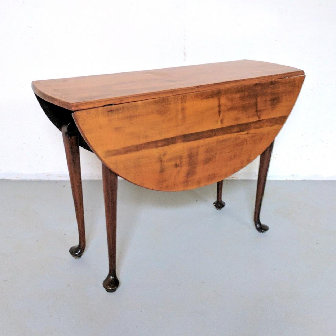 QUEEN ANNE MAPLE / CHERRY DROP-LEAF TABLE
