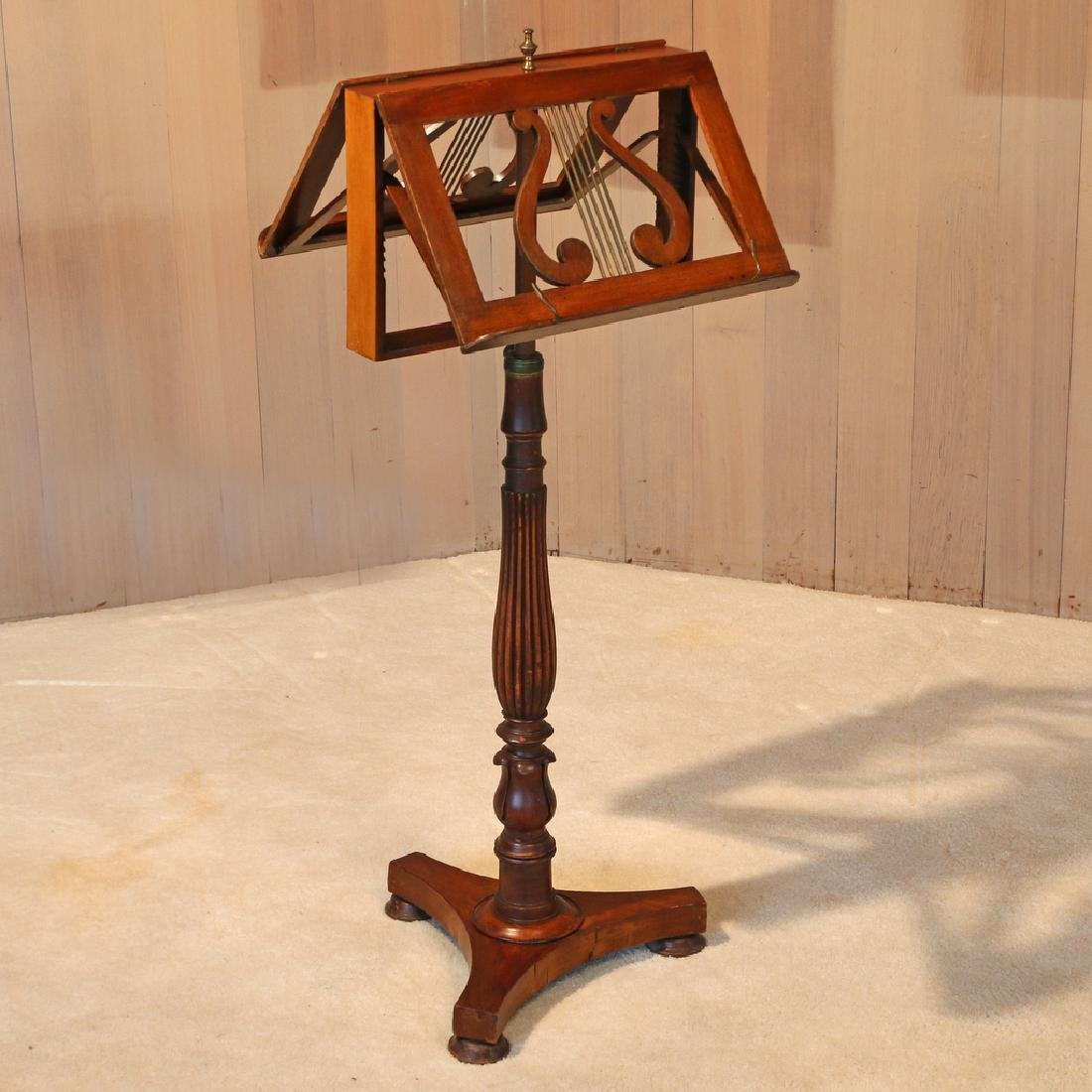 REGENCY-STYLE MAHOGANY DOUBLE MUSIC STAND