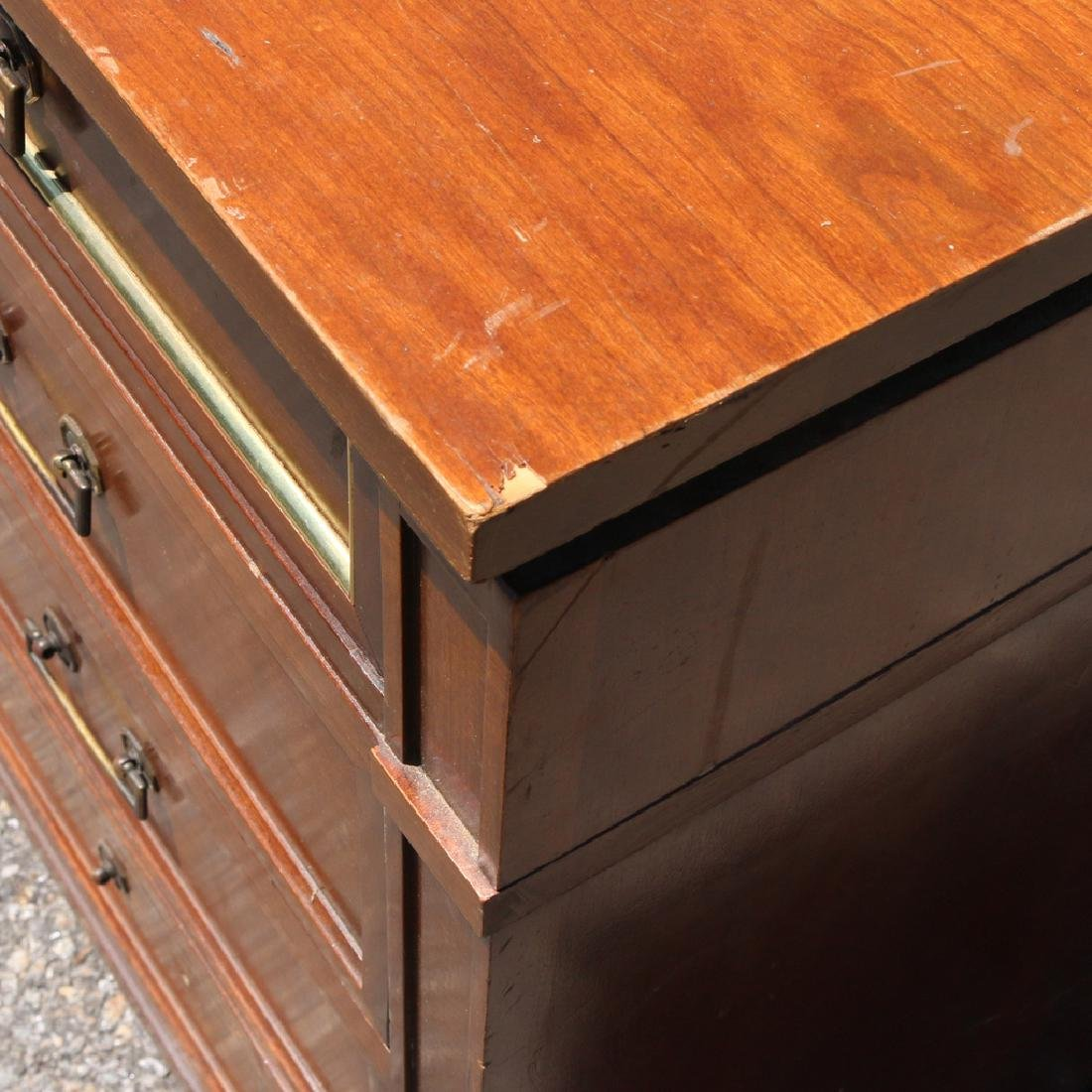 FRENCH DIRECTOIRE-STYLE CHEST - 3