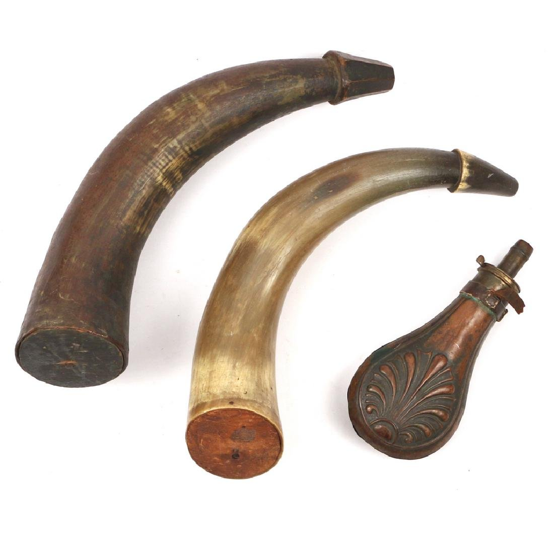 (3pc) ANTIQUE POWDER HORNS & FLASK