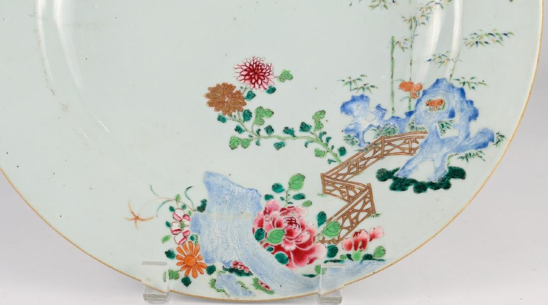 CHINESE EXPORT PORCELAIN CHARGER - 3