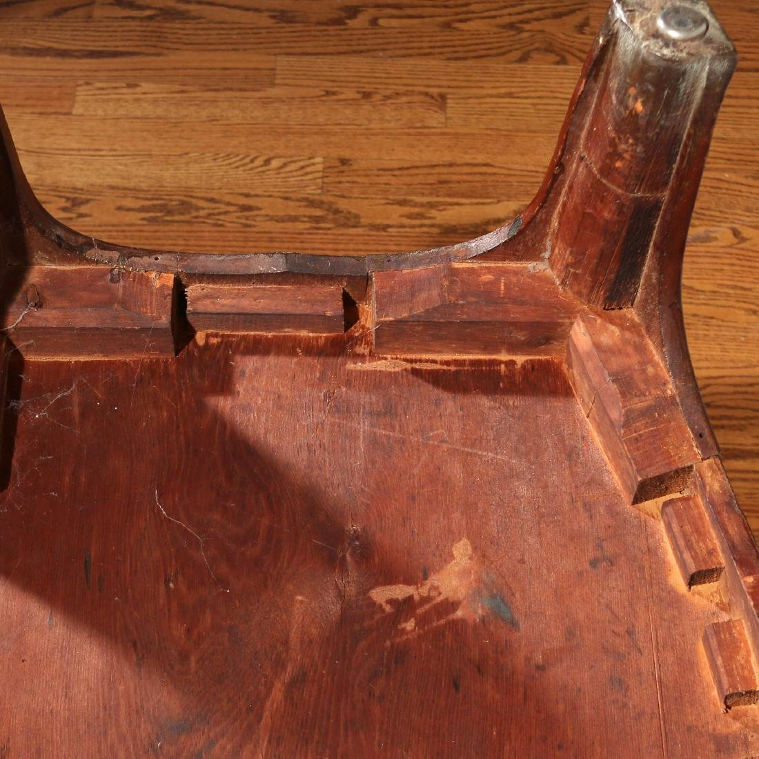 FEDERAL INLAID MAHOGANY BOW-FRONT CHEST - 4