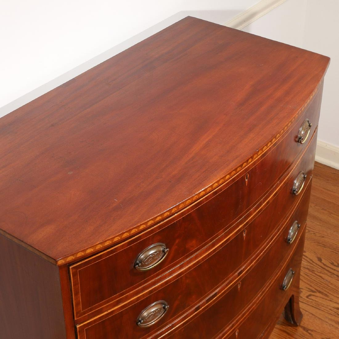 FEDERAL INLAID MAHOGANY BOW-FRONT CHEST - 8