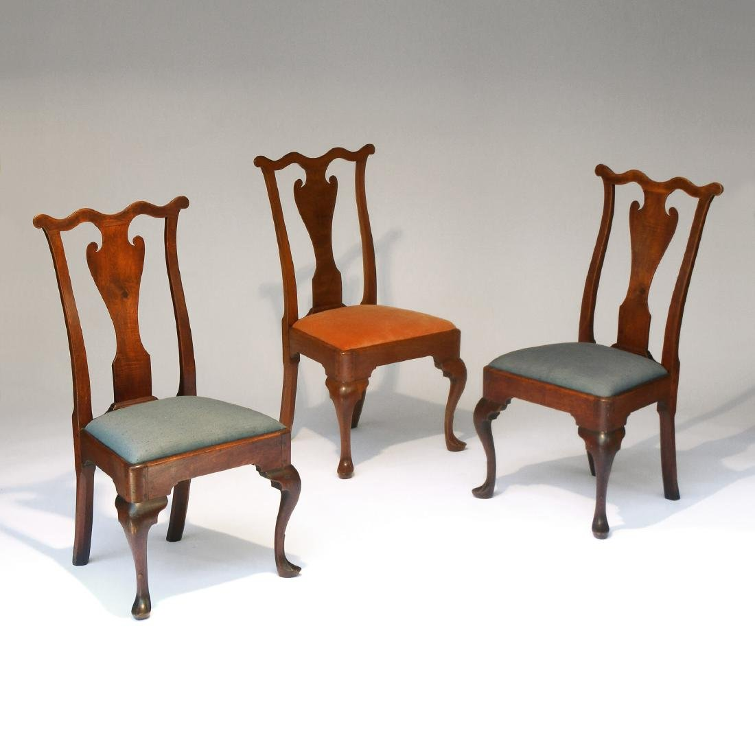 (3pc) PHILADELPHIA QUEEN ANNE WALNUT SIDE CHAIRS