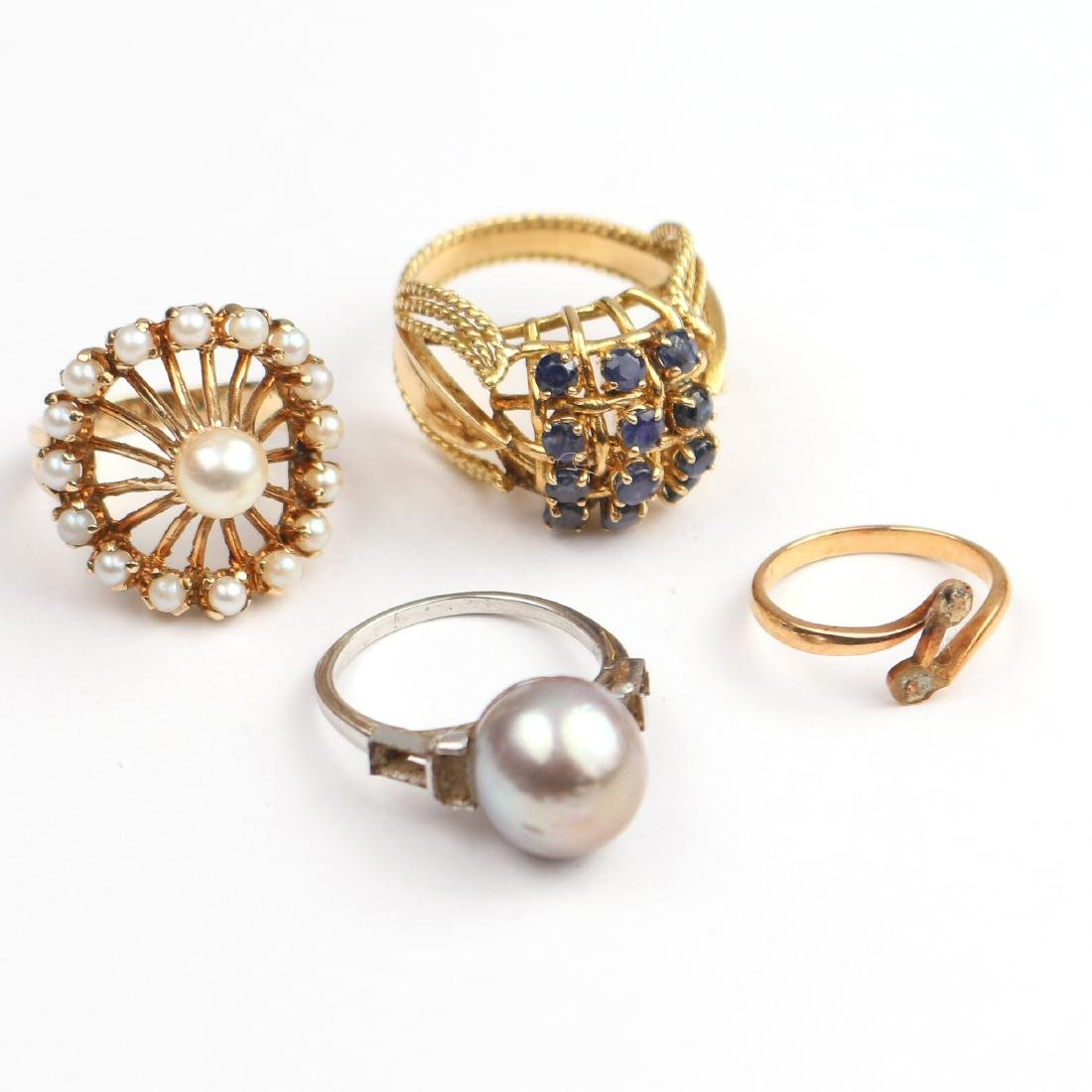 (4pc) VARIOUS GOLD RINGS