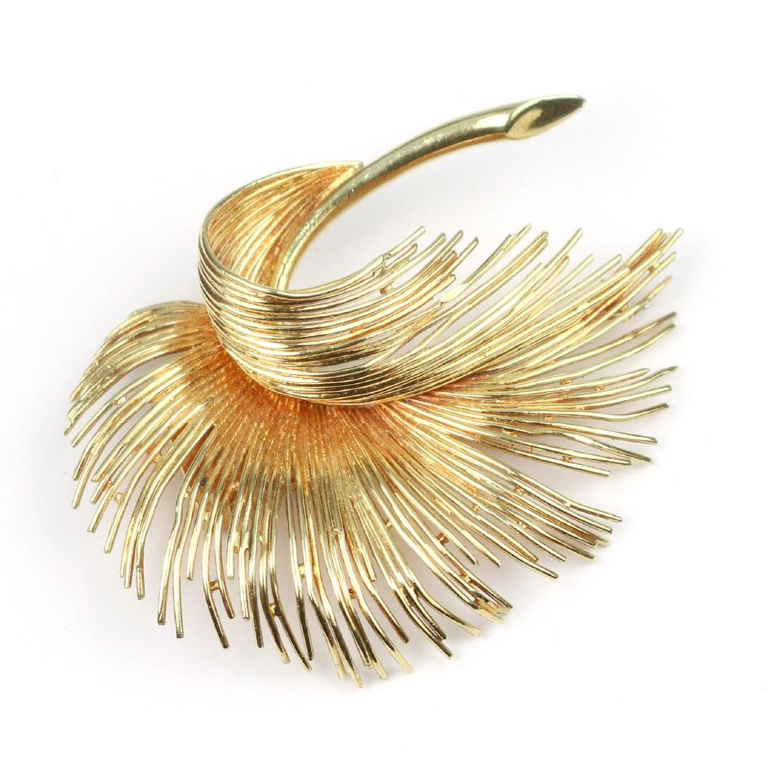 TIFFANY & Co. GOLD FEATHER PIN