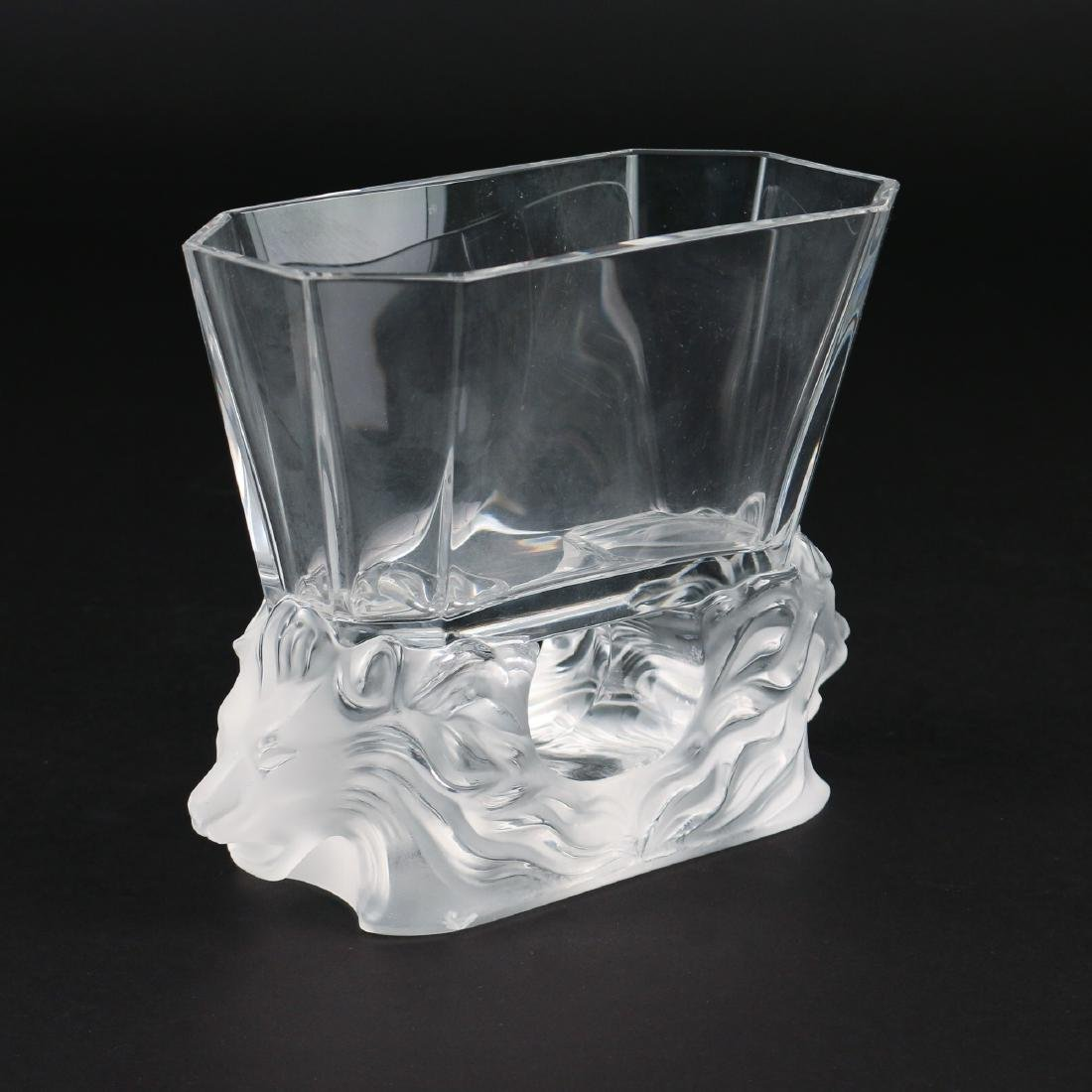LALIQUE DOUBLE LION VASE