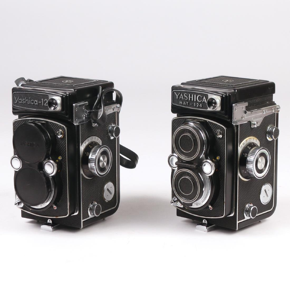 (2pc) YASHICA TLR CAMERAS