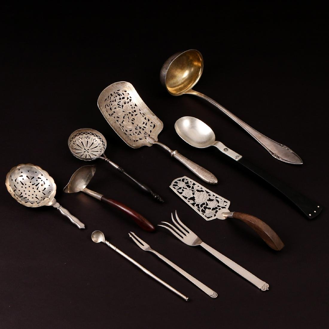 DESIGNER SILVER & OTHER SERVING PIECES