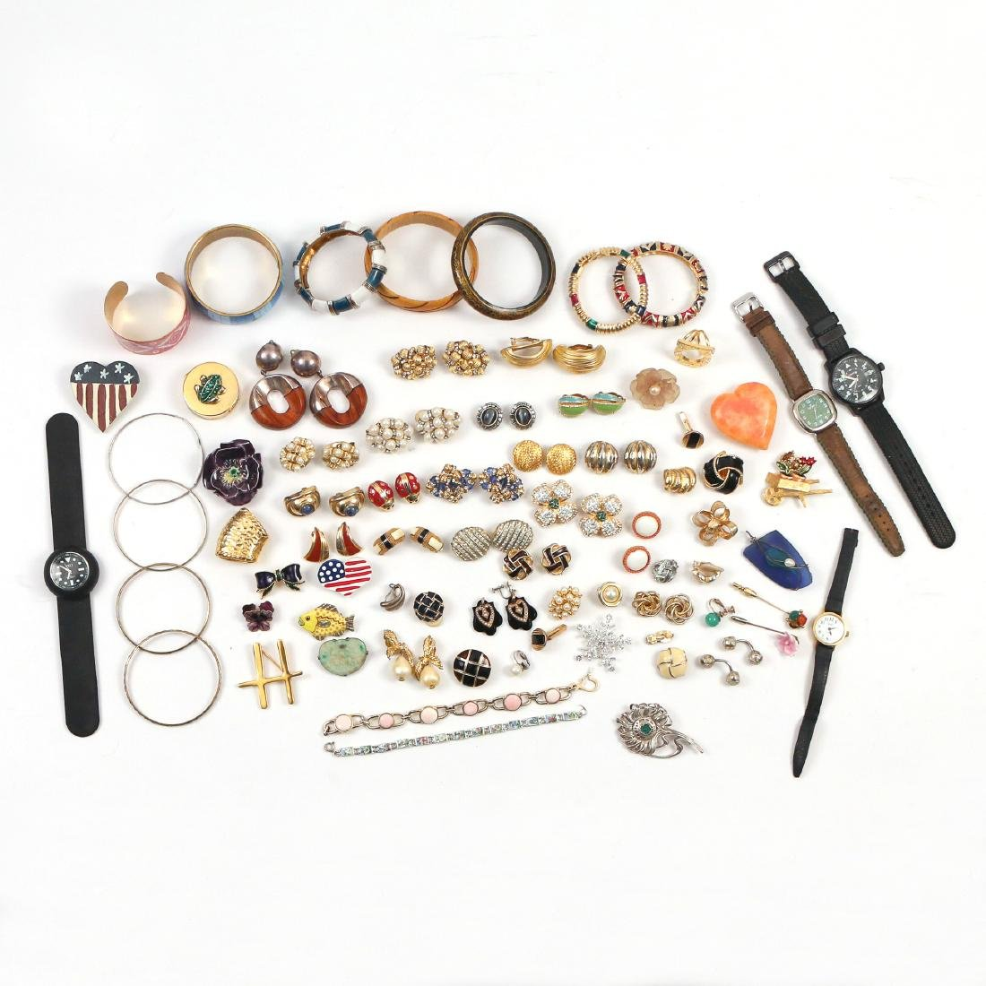 LARGE LOT MISC COSTUME JEWELRY