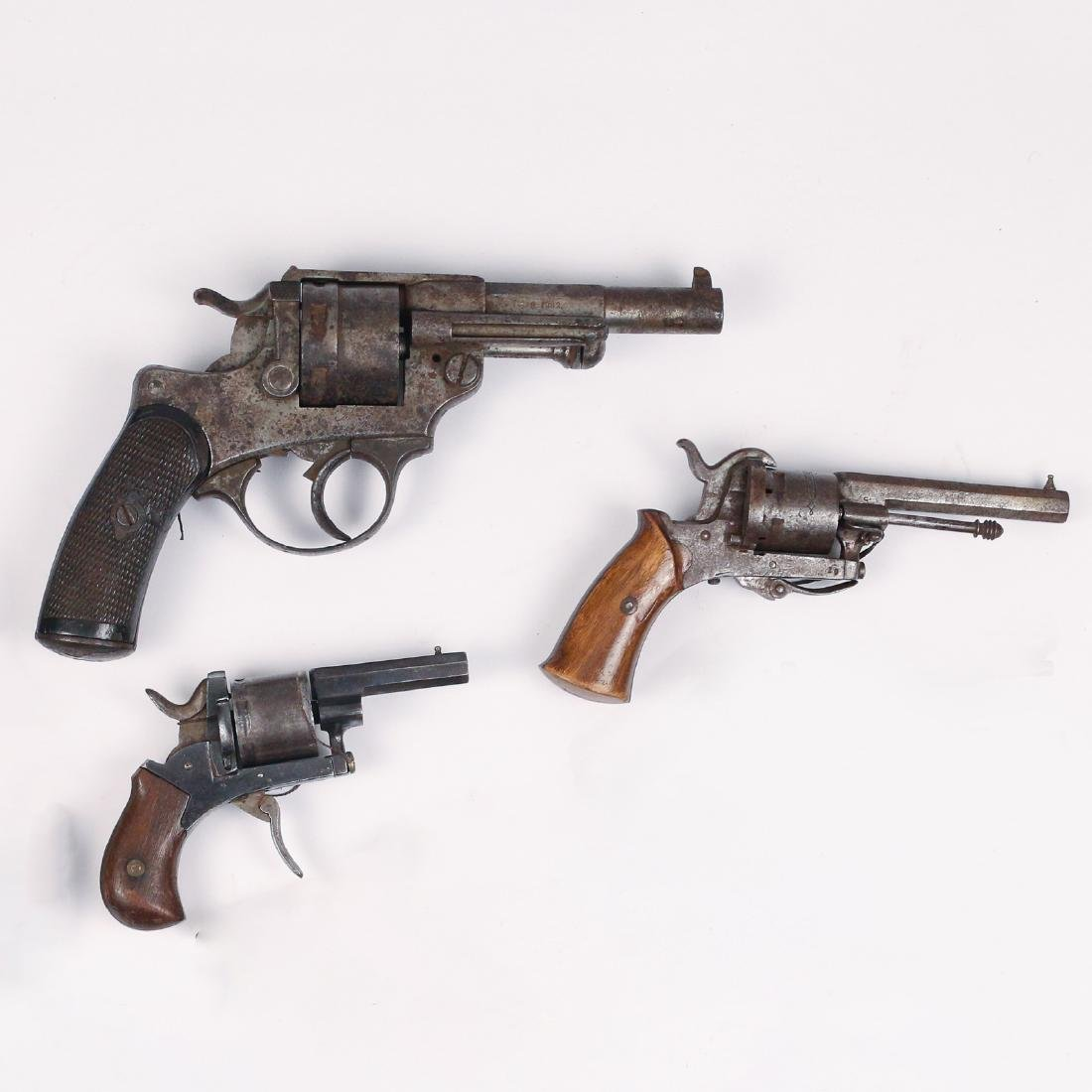 (3pc) MISC. ANTIQUE PISTOLS