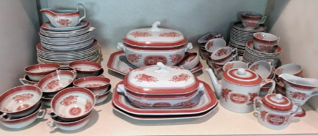 EXTENSIVE SPODE FITZHUGH CHINA SERVICE
