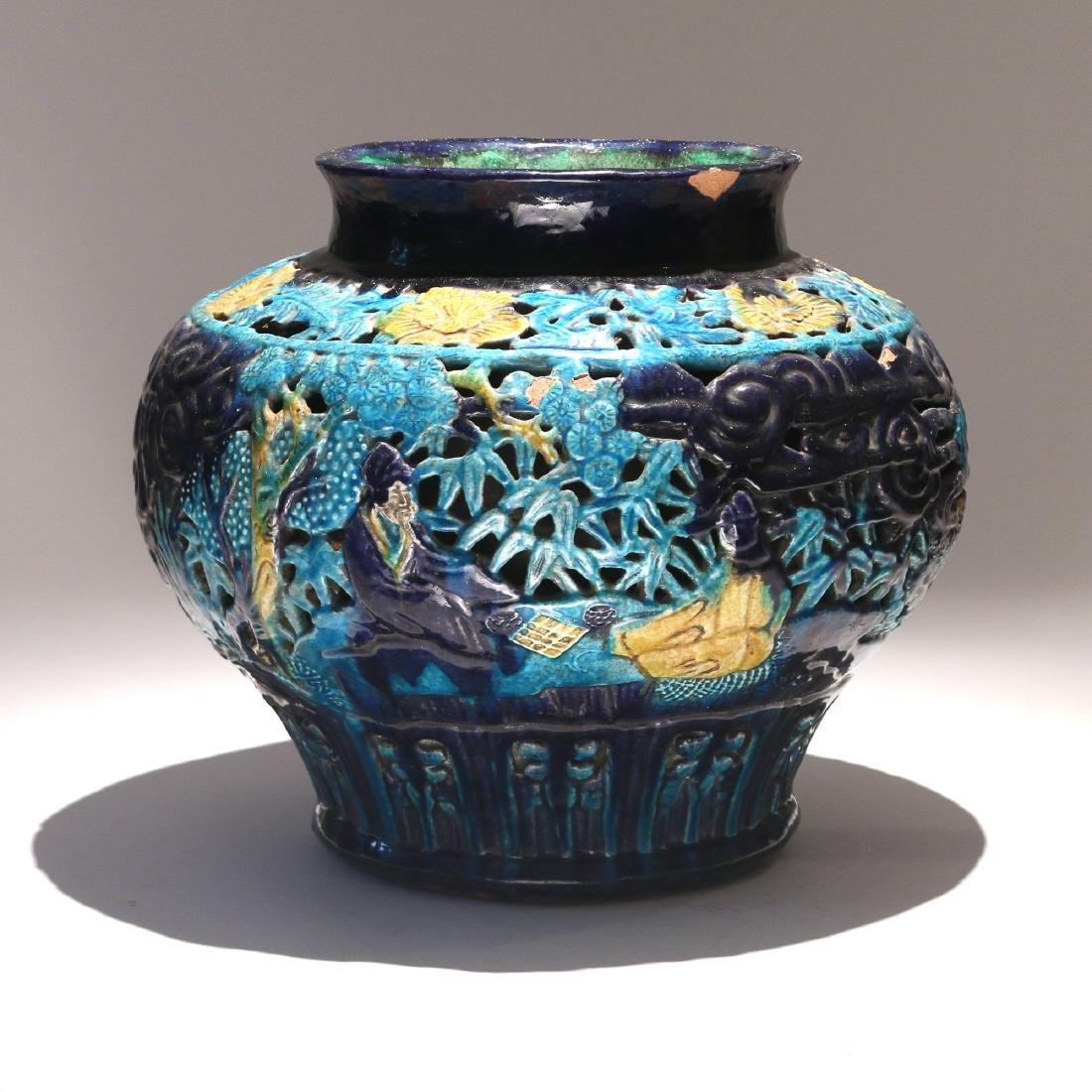 CHINESE MING FAHUA DOUBLE-WALLED JAR