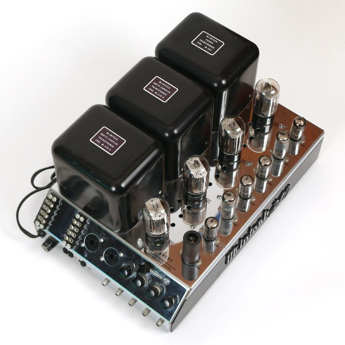 McINTOSH MODEL MC240 STEREO AMPLIFIER - 3