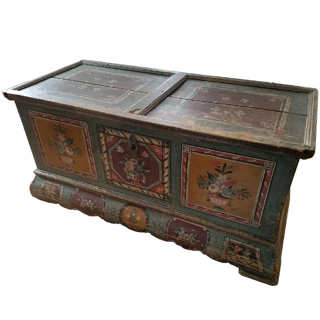 ANTIQUE GERMAN PAINTED DOWRY CHEST
